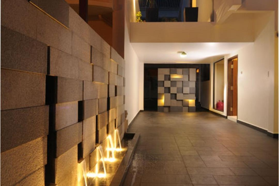 Jalan Jermin, The Orange Cube, Modern, Balcony, Landed, Exterior, Outdoors, Tile, Tiles, Feature Wall, Water Feature, Fountain, Stone Wall, Pebbles, Inground Lighting, White, Corridor