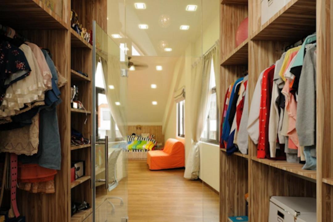 Butterfly Avenue, Icon Interior Design, Traditional, Bedroom, Landed, Walk In Wardobe, Parquet, Shelf, Shelves, Storage, Wood, Laminate, Wood Laminate, Hanging Light, Pendant Light