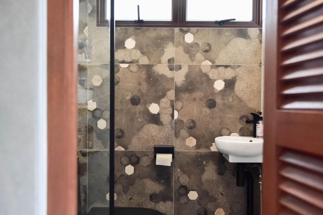 Ang Mo Kio Avenue 10, Ataz Haus Interior Design, Traditional, Bathroom, HDB