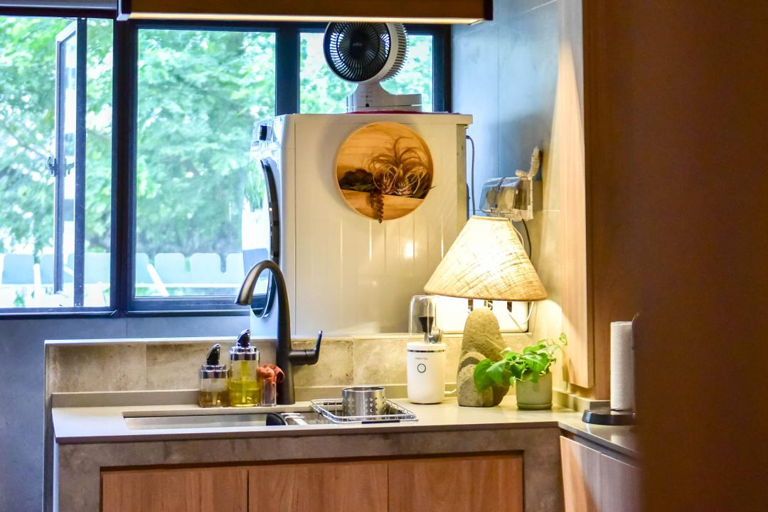 Ang Mo Kio Avenue 10, Ataz Haus Interior Design, Traditional, Kitchen, HDB