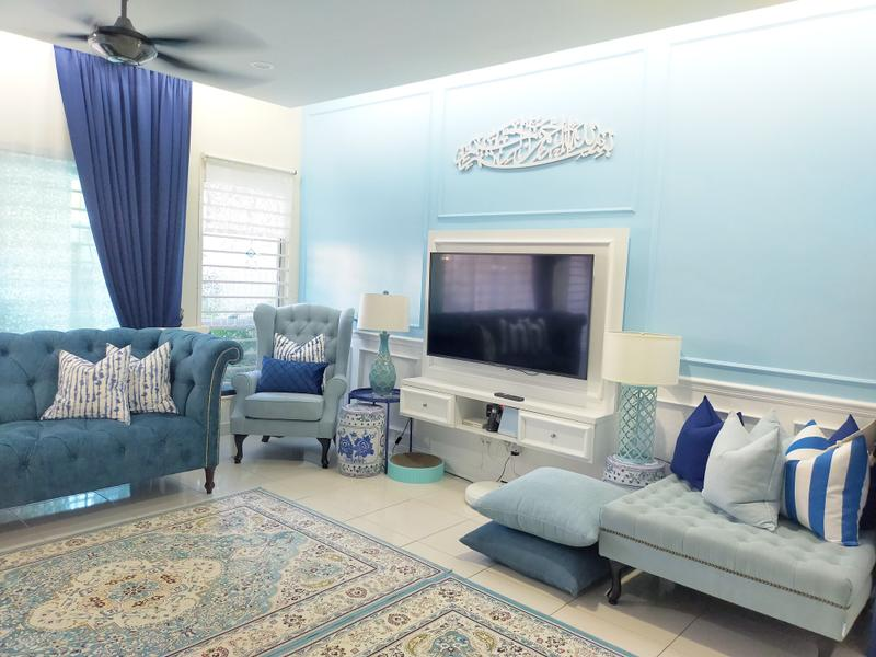blue and white colour home