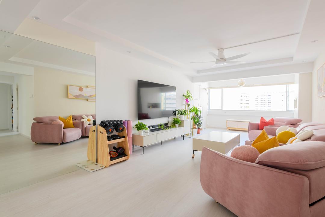 Bukit Batok Street 21 Living Room Interior Design 11