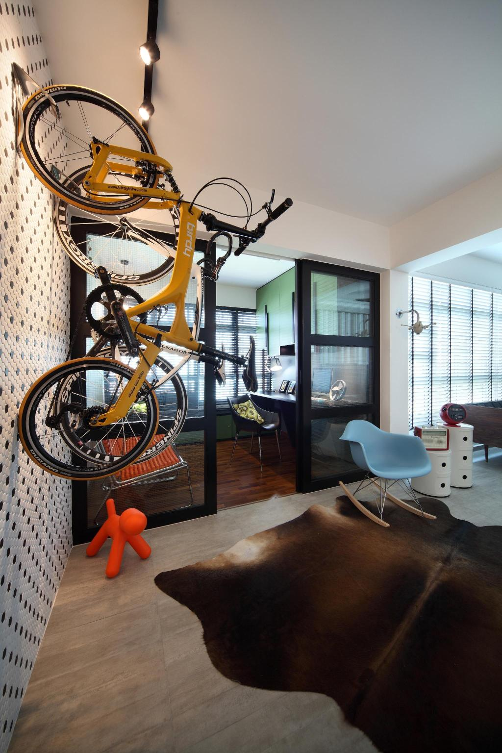 Scandinavian, HDB, Living Room, Ghim Moh Link, Interior Designer, Fuse Concept, Bicycle, Rug, Parquet, Feature Wall, Eero Aarnio Puppy, Track Lighting, Full Length Windows, Venetian Blinds, Rocking Chair, Side Table, Table, Wall Sculpture, Chair, Furniture, Bike, Transportation, Vehicle