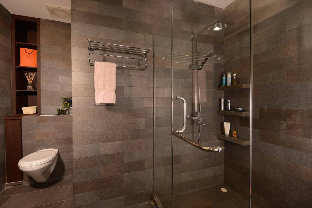 Traditional, Landed, Bathroom, Tagore Ave, Interior Designer, Voila, Square, Tile, Glass, Panel, Shelf, Towel, Rack, Cutout, Storage, Wall, Toilet, Indoors, Interior Design, Room