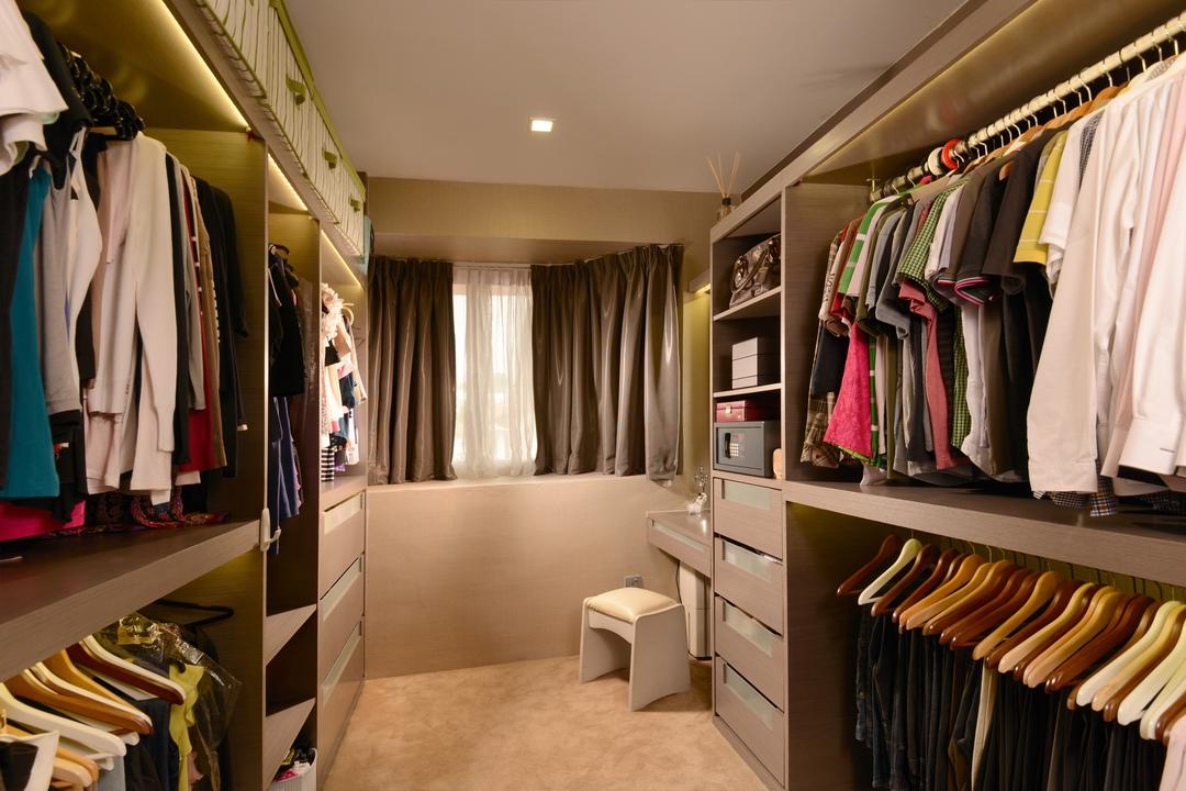 Tagore Ave, Voila, Traditional, Landed, Walk In Wardrobe, Recessed Lighting, Indented Ceiling, Full Length, Storage, Dressing, Table, Clothes, Hanger, Drawer, Closet