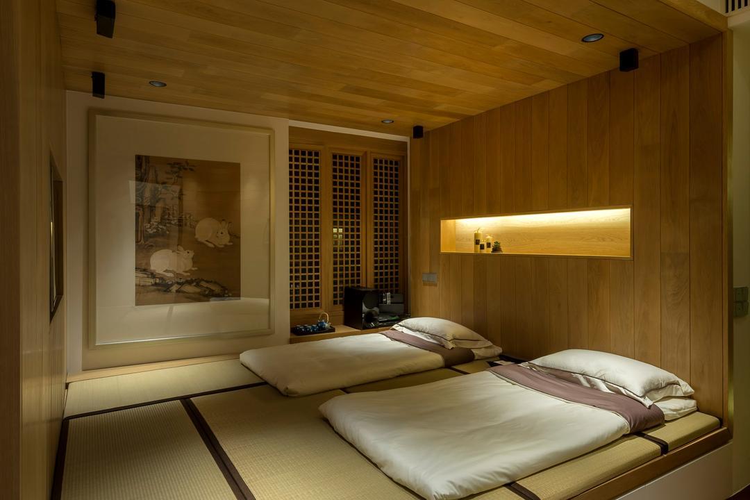 Oceanfront, akiHAUS, Traditional, Bedroom, Condo, Painting, Tatami, Zen, Deck Flooring, Ceiling, Recessed Storage, Wood Panel, Nature, Recessed Lighting, Concealed Lighting, Indoors, Interior Design, Room