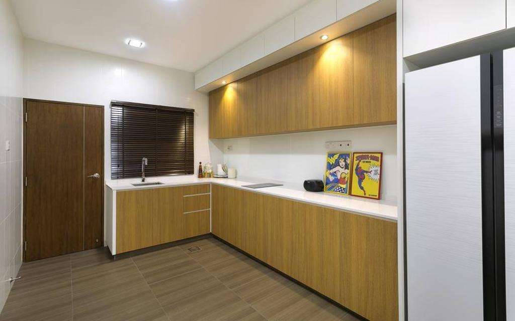 Traditional, Landed, Kitchen, Jalan Terang Bulan, Interior Designer, Fineline Design, Wood Cabinets, Down Lights, White Wall Backing, Indoors, Interior Design