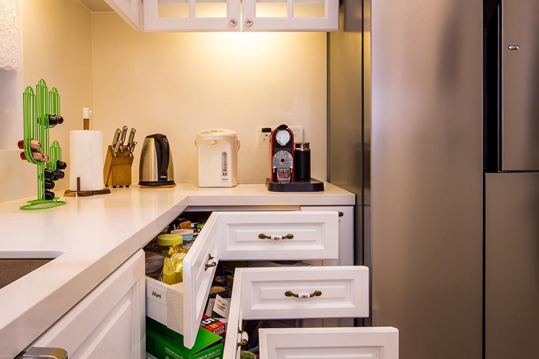 Sentosa Cove, Icon Interior Design, Vintage, Kitchen, Condo, Awkward Corner, M Shaped Drawers, Kitchen Organisation, European Windows, Corner Drawers, Maximise Space, Deadends, Dead Ends, Corner Cabinet