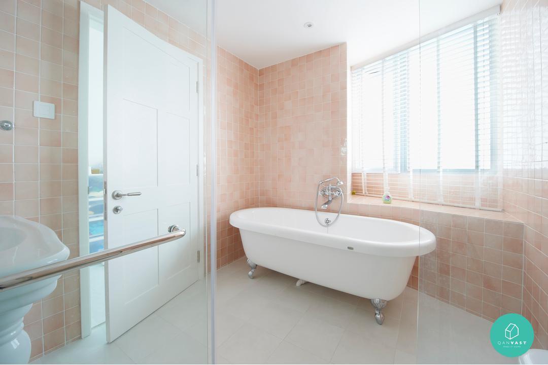 Renozone - Clover by the Park - White Toilet Bathtub