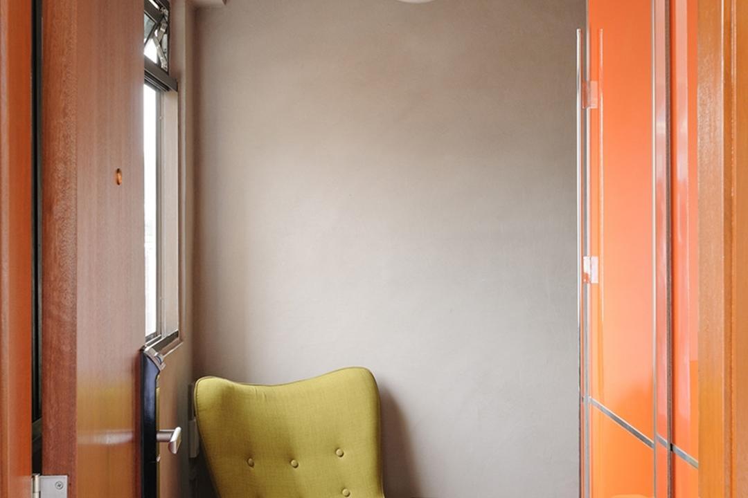 Upper Cross Street (Block 532), Icon Interior Design, Contemporary, Living Room, HDB, Hanging Lights, Green Armchair, Yellow Armchair, Yellow Green, Hallway, Entrance, Chair, Furniture