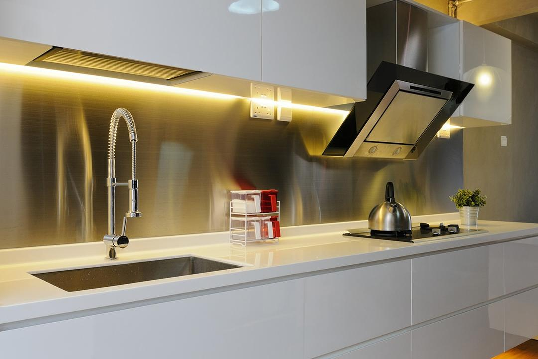 Upper Cross Street (Block 532), Icon Interior Design, Contemporary, Kitchen, HDB, Easy To Maintain, Kitchen Sink, Underlight, Cabinetry, Aluminium Backsplash, Easy To Clean, Stove, Gas Stove, Hood, Hob, Indoors, Interior Design