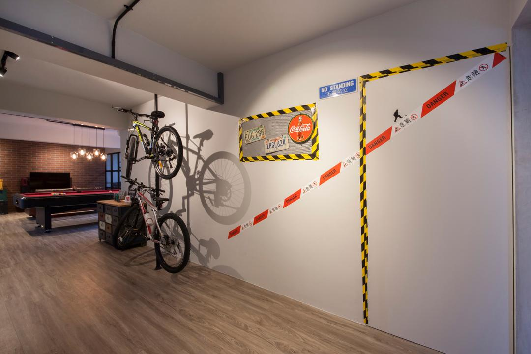 Pasir Ris (Block 561), Aart Boxx Interior, Eclectic, Industrial, Living Room, HDB, Wall Decal, Wall Bicycle Rack, Bicycle, Bike, Transportation, Vehicle, Billiard Room, Indoors, Room