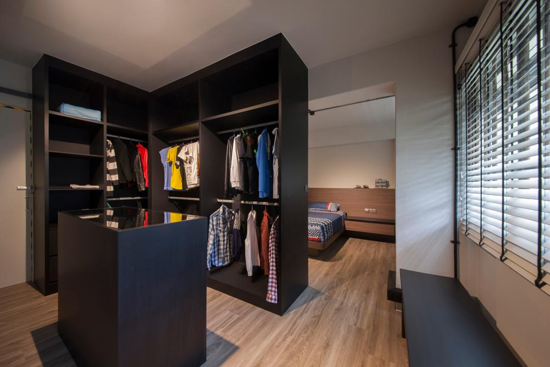 Pasir Ris (Block 561), Aart Boxx Interior, Eclectic, Industrial, Bedroom, HDB, Walk In Wardrobe, Wardrobe, Clothes, Accessories, Accessory Island, Bench, Dark Closet, Dark Cabinet, Banister, Handrail