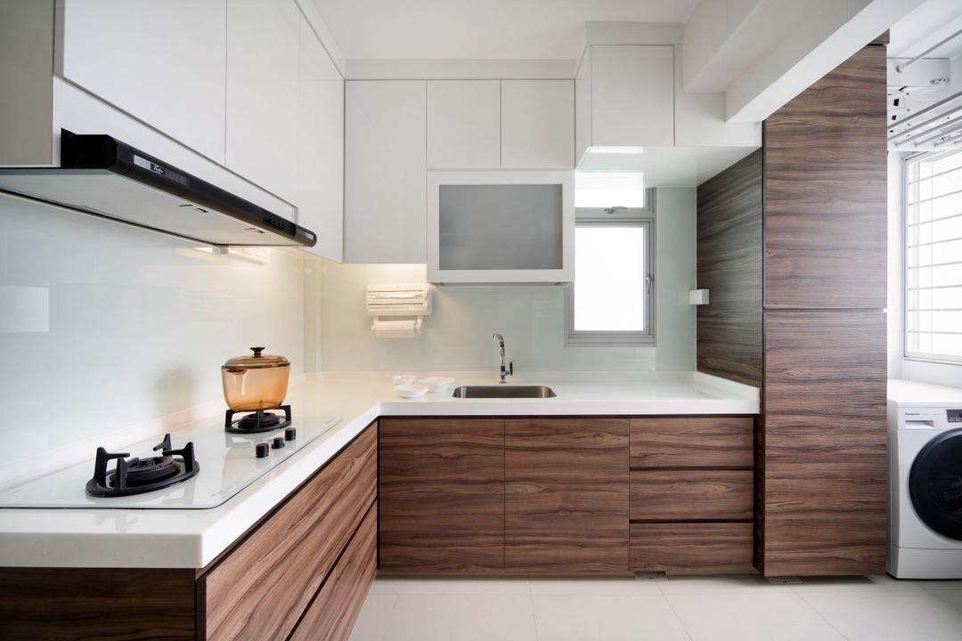 Clementi Avenue 1 (Block 425), De Exclusive Design Group, Contemporary, Kitchen, HDB, Kitchen Laminates, Kitchen Countertop, Wood Laminates, Kitchen Cabinets, Cabinetry, White Cabinets, L Shaped Countertop, Stove, Exhaust Hood, Indoors, Interior Design