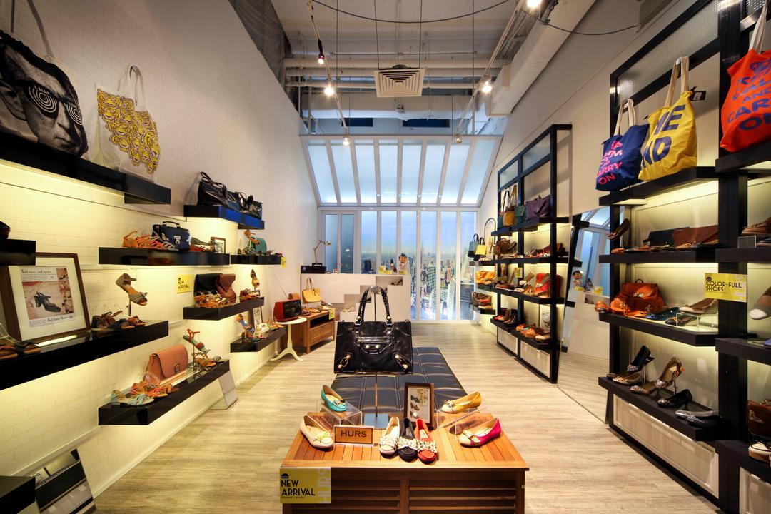 Hurs Shoe Loft, De Exclusive Design Group, Contemporary, Commercial, Shoes, Shoe Store, Shelves, Wall Shelf, Display, Cabinets, Cabinetry, Product Display, Bags, Accessories, Floating Shelves, Cafe, Restaurant, HDB, Building, Housing, Indoors, Loft