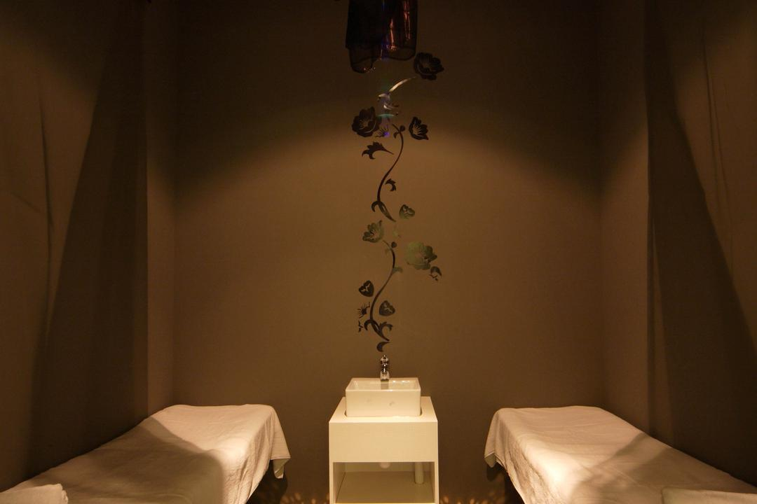 Pure Solution, De Exclusive Design Group, Traditional, Commercial, Dim, Dim Lighting, Bed, Sink