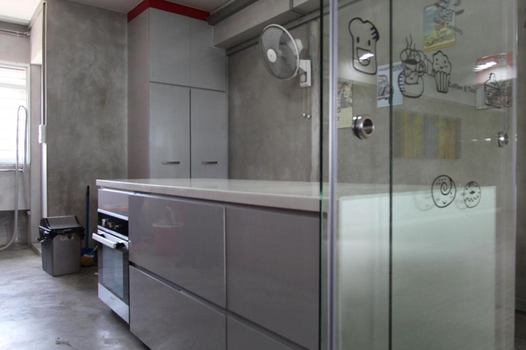 Pasir Ris (Block 642), Ingenious Design Solutions, Traditional, Kitchen, HDB, Gray, White, Laminate, Glossy, Glass Wall, Glass Sliding Doors, Doors, Sliding Doors, Cement Flooring, Kitchen Counter, Appliance, Electrical Device, Oven