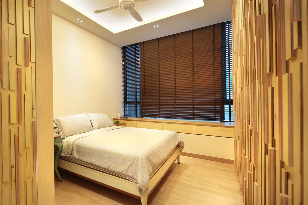 Transitional, Condo, Bedroom, 12 Holland Hill Parvis, Interior Designer, Space Define Interior, Feature Wall, Venetian Blinds, Ceiling Fan, False Ceiling, Concealed Light, Window Seats, Parquet, Woodwork, Wood Laminate, Wood, Laminate, Bed, Furniture