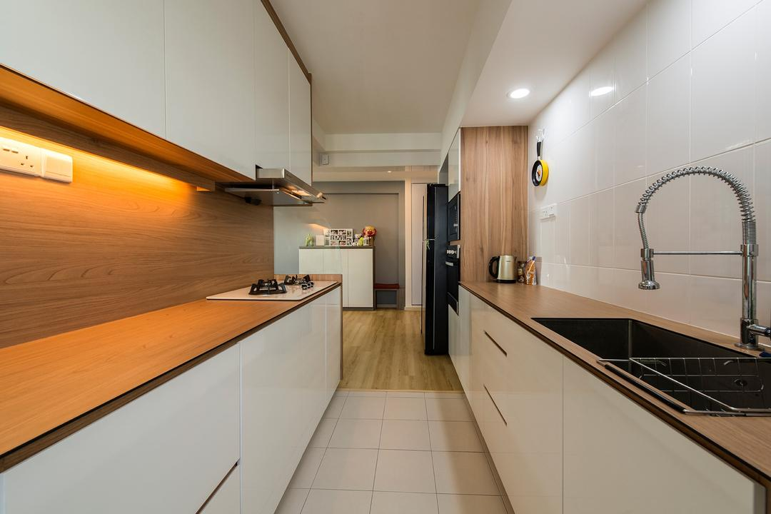 Chai Chee Road, The Two Big Guys, Modern, Kitchen, HDB, Kompac Plus, Kompac, Thin Countertop, Parallel, Gallery Kitchen, Easy To Clean, Easy To Maintain, Kitchen Sink, Knobless, White Cabinets, Open Shelving, Minimal Carpentry