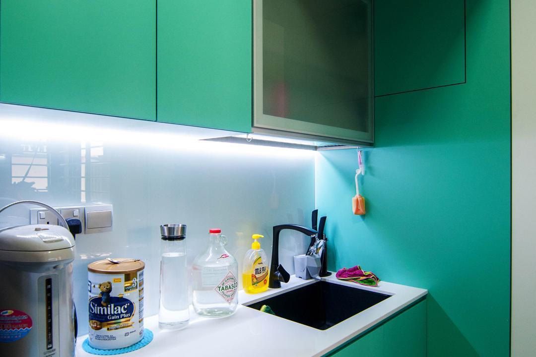 SkyTerrace @ Dawson (Block 91), IdeasXchange, Traditional, Kitchen, HDB, Green, Green Cabinet, Kitchen Sink, Sink, Under Cabinet Lighting, White Countertop