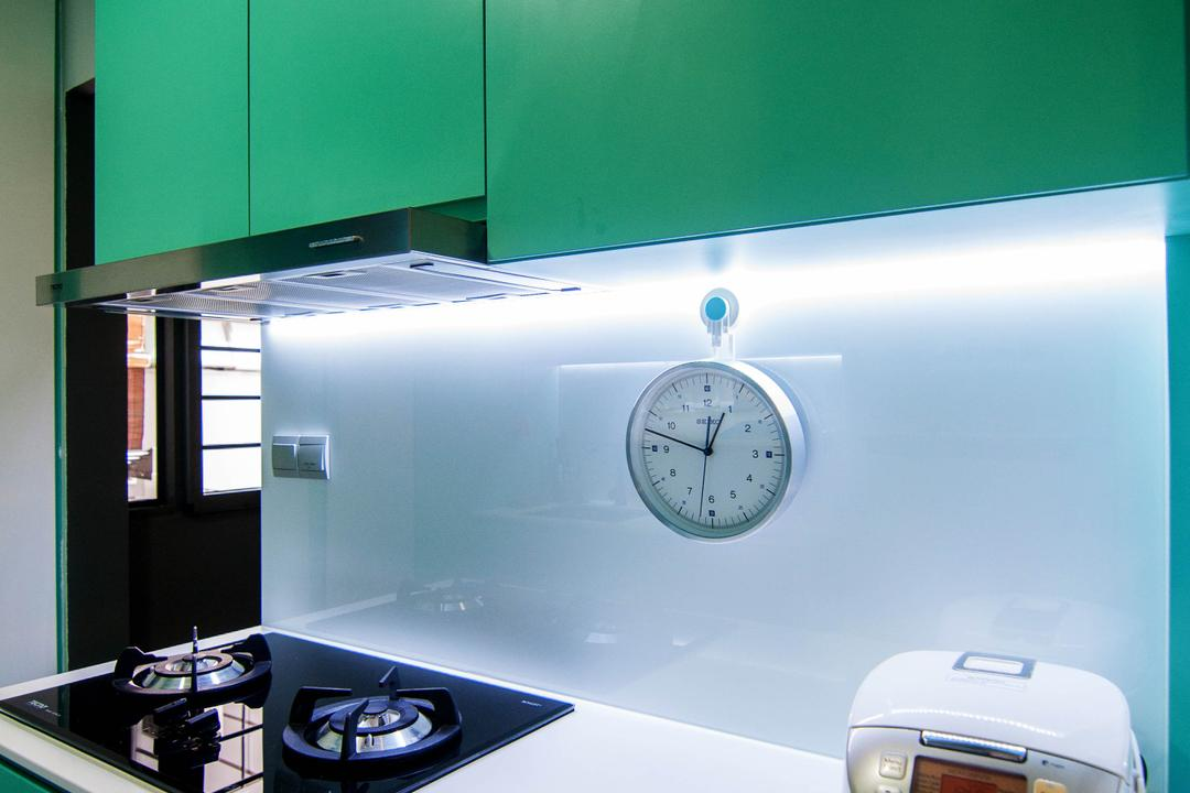 SkyTerrace @ Dawson (Block 91), IdeasXchange, Traditional, Kitchen, HDB, White Countertop, Under Cabinet Lighting, Green Cabinet, Green, Stove