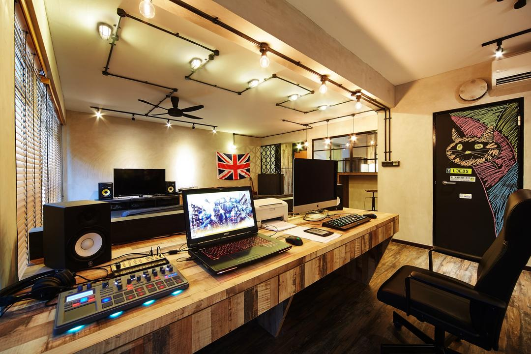 Pasir Ris, The Local INN.terior 新家室, Industrial, Study, HDB, Dj, Mixer, Sound System, Speaker, Desktop, Laptop, Work Station, Work Desk, Track Lights, Track Lightings, Office Chair, Chair, Furniture, Electronics, Monitor, Screen, Tv, Television, Desk, Table