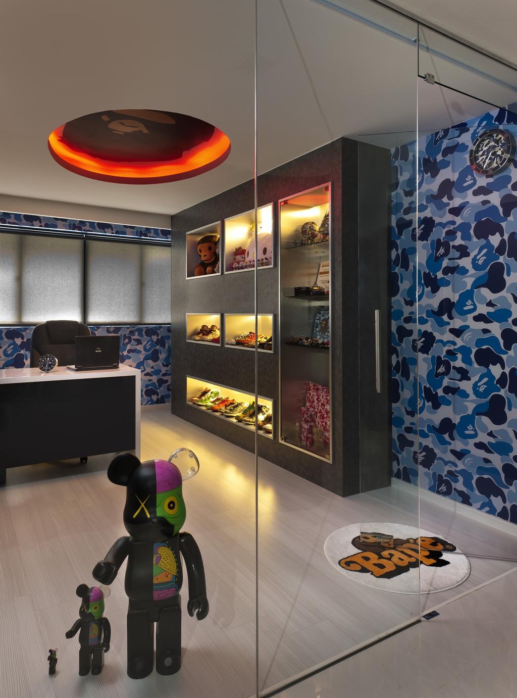 Modern, HDB, Study, Tampines Street 24, Interior Designer, Space Vision Design, Wallpaper, Display Unit, Table, Sculpture, Blue, False Ceiling, Concealed Lighting, Glass Wall, Blinds, Glass Doors, Display