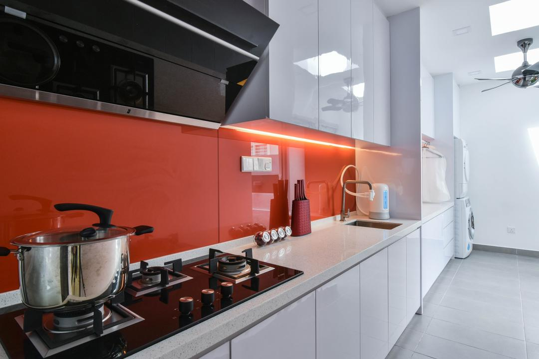 Sunway Alam Suria, Surface R Sdn. Bhd., Traditional, Kitchen, Landed, Backsplash, Red, Red Backsplash, Stove, Kitchen Cabinet, White Cabinet, Under Cabinet Lighting, Indoors, Interior Design, Room