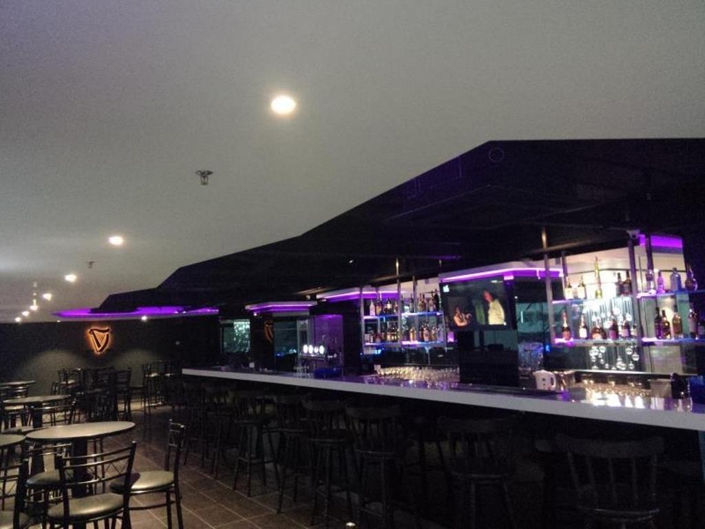 Hotel Excelsior, Commercial, Interior Designer, The Grid Studio, Traditional, Bar Counter, Pub