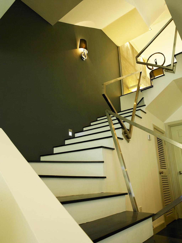 Modern, Landed, The Peak, Interior Designer, The Grid Studio, Banister, Handrail, Staircase