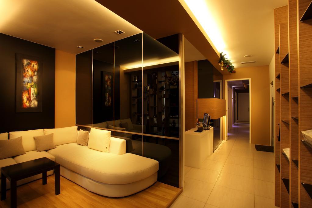 The LifeStyle Clinic, Commercial, Interior Designer, The Grid Studio, Contemporary, Couch, Furniture, Indoors, Room, Interior Design, Flooring
