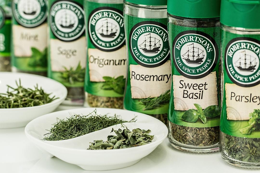 5 Herbs To Grow In Your Herb Garden