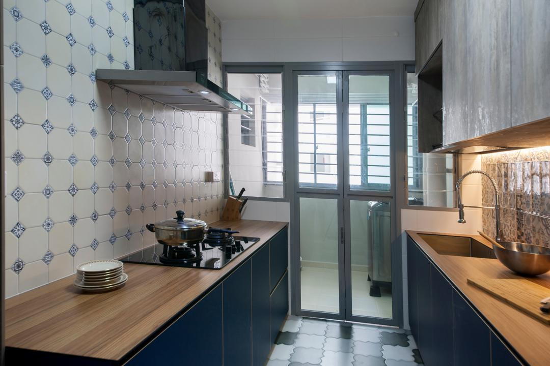 Upper Serangoon View, M3 Studio, Minimalistic, Kitchen, HDB, Kitchen Tiles, Tiles, Wood Laminates, Kitchen Countertop, Exhaust Hood, Stove, Hood, Hob, Service Yard, Sink, Indoors, Interior Design, Room