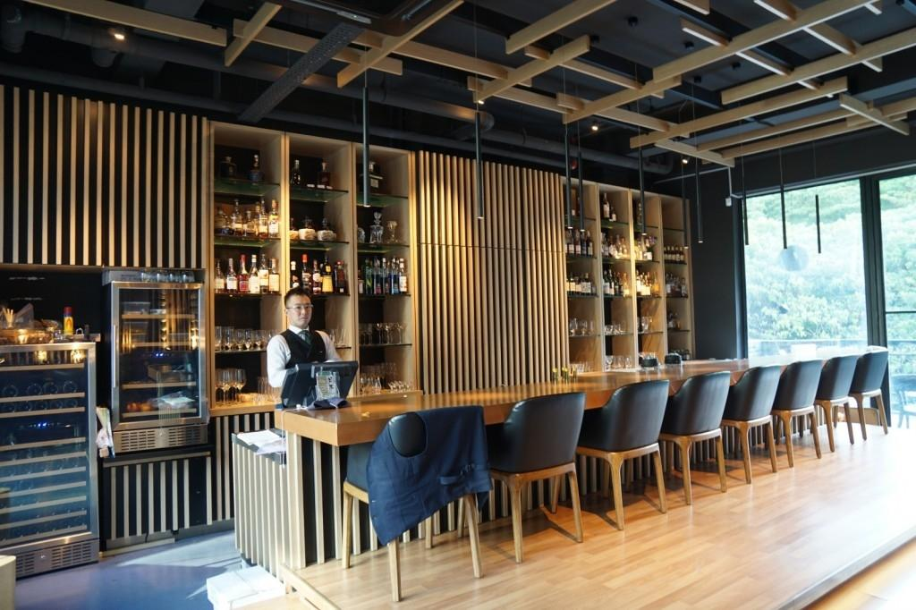 The Bar, Commercial, Interior Designer, The Grid Studio, Modern, Human, People, Person, Dining Table, Furniture, Table, Conference Room, Indoors, Meeting Room, Room, Chair, Restaurant