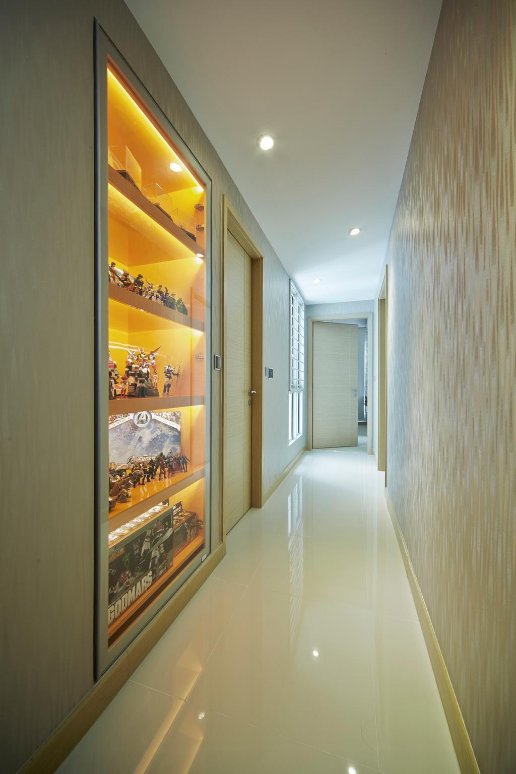 Transitional, Condo, Tree House, Interior Designer, Carpenters 匠, Corridor, Walkway, Hallway, Display, Display Cabinet, Collectibles, Figurine, Figurines, Toys, Flooring