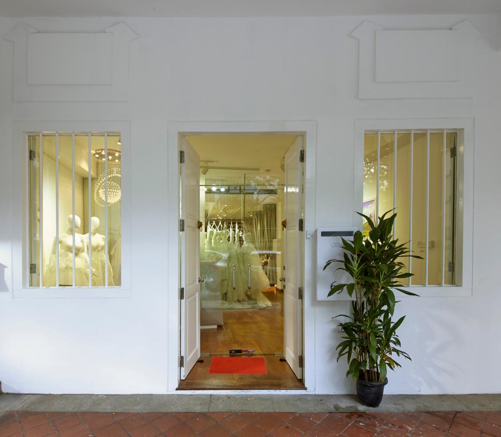 The Lourve Bridal, Commercial, Interior Designer, Carpenters 匠, Modern, Shop, , Entrance, Door, Shop Entrance, Window, Indoors, Interior Design, Flora, Plant, Jar, Potted Plant, Pottery, Vase, Corridor