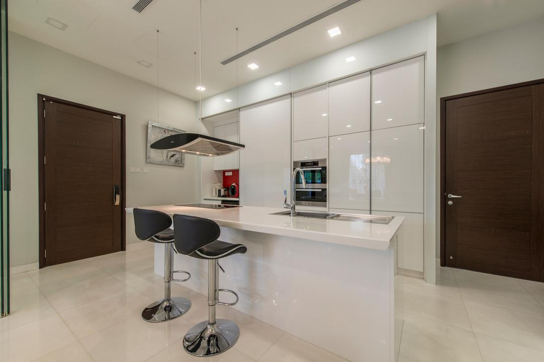 Jalan Istimewa, Innerspace Design Solutions, Traditional, Kitchen, Landed, Kitchen Island, Kitchen Countertop, Cabinet, White Cabinet, High Stools, Stools, Bar Stools, Cabinetry, Door, Downlight, Bar Stool, Furniture, Sideboard, Bathroom, Indoors, Interior Design, Room