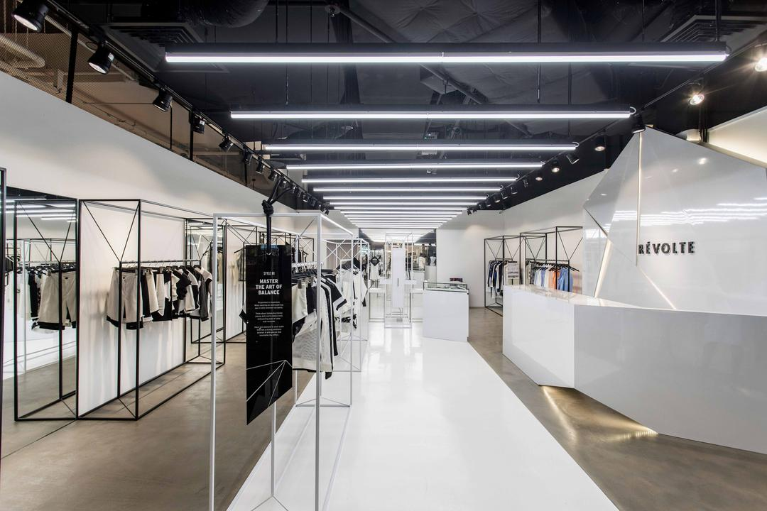 Browse Through Local Design Ideas For Fashion Store Design And Save Them To  Your Boards For Easy Sharing And Planning.