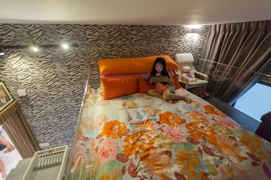 Boathouse Residence, NID Design Group, Eclectic, Bedroom, Condo, Kids Room, Kids, Bunk Bed, Double Decker, Top Bunk, Curtains, Colours, Orange