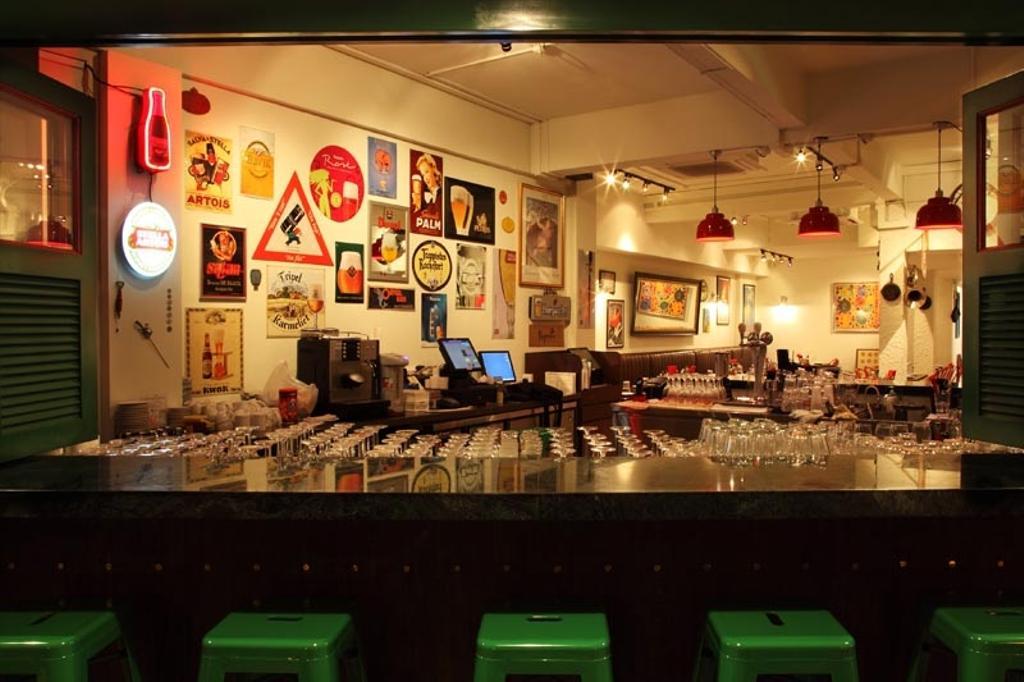 Binjai, Commercial, Interior Designer, Fineline Design, Bar Stools, Wall Stickers, Diner, Food, Meal, Restaurant, Bar Counter, Pub, Cafe