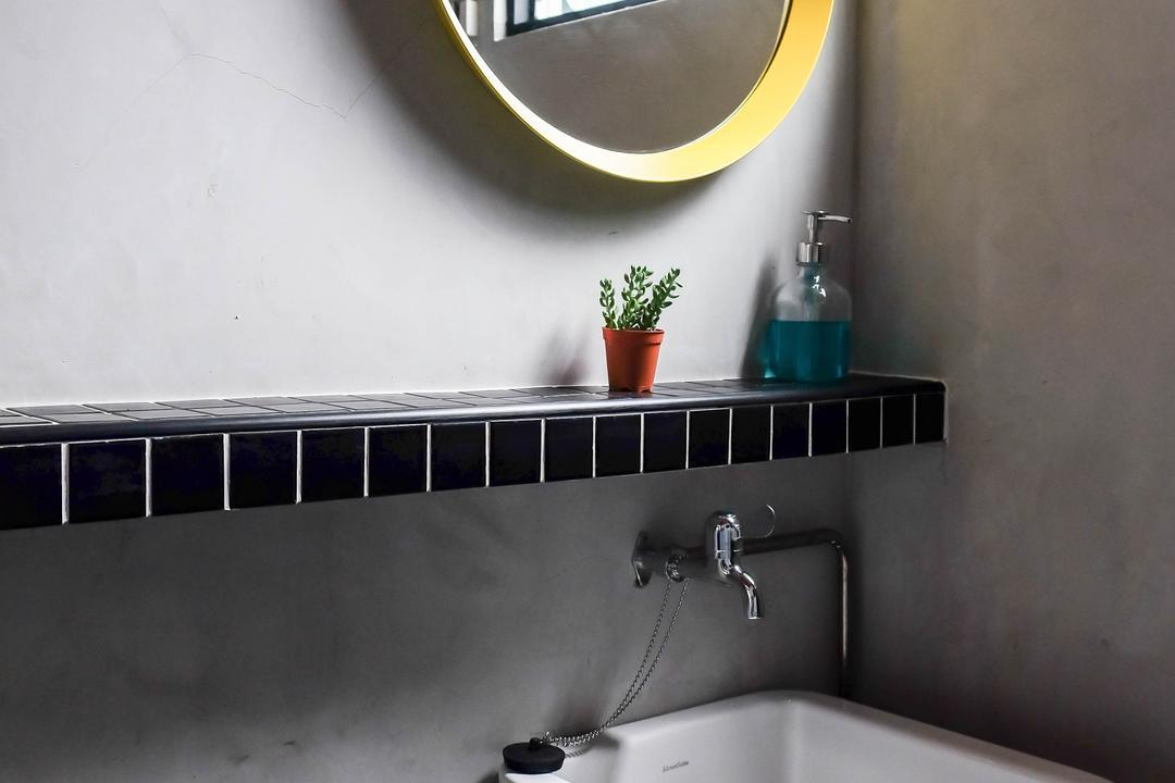 Simei Street (Block 133), Fifth Avenue Interior, Eclectic, Bathroom, HDB, Round Mirror, Mirror, Wall Ledge, Sink, Bathroom Sink