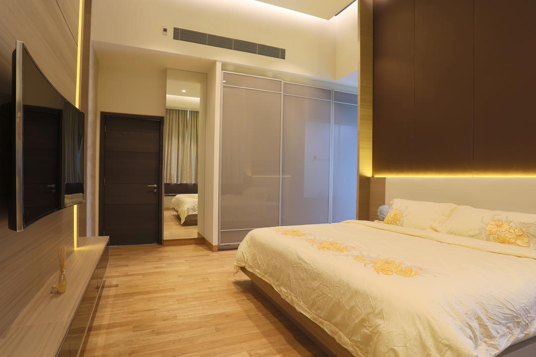 Silversea, United Team Lifestyle, Traditional, Bedroom, Condo, White Bed, Brown, Under Cabinet Lighting, Wood Floor, Light Wood, Wooden Flooring, Bed, Furniture, Flooring