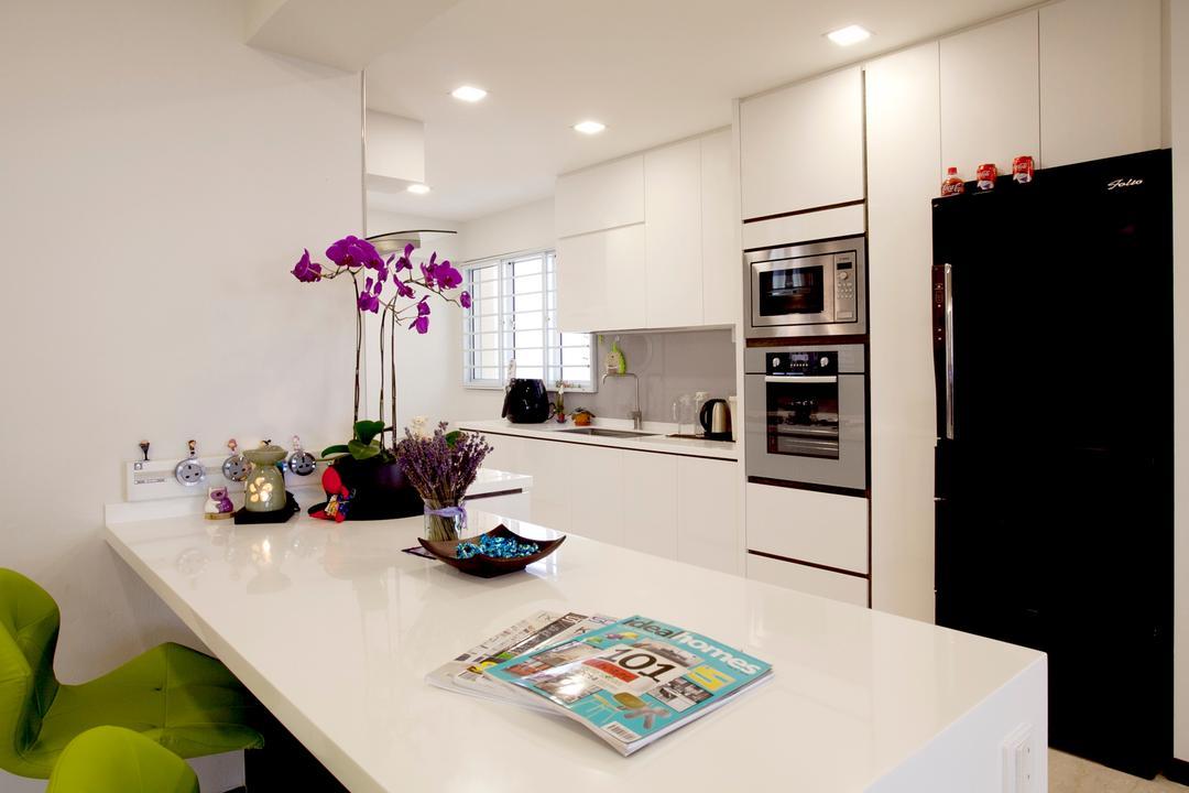 Toa Payoh (Block 62), United Team Lifestyle, Contemporary, Kitchen, HDB, Kitchen Island, Kitchen Countertop, White Countertop, White, White Cabinet, Kitchen Cabinet, Refrigerator