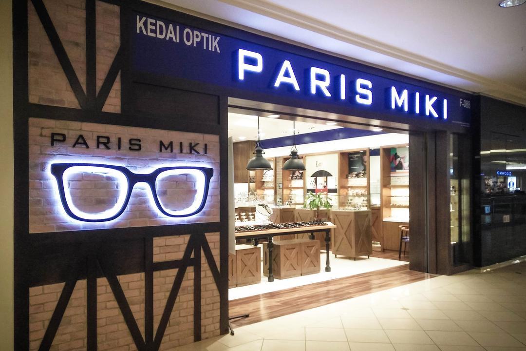 Paris Miki