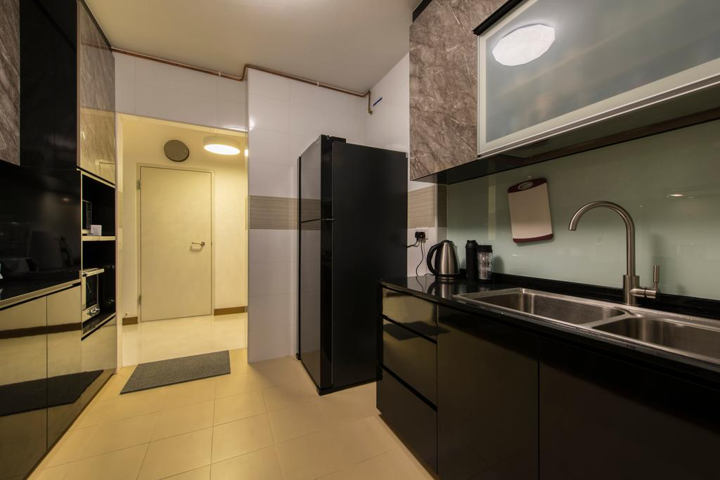 Traditional, HDB, Kitchen, Upper Serangoon Crescent (Block 473B), Interior Designer, Project Guru, Kitchen Sink, Sink, Refrigerator, Black Refrigerator, Kitchen Cabinet, Black Cabinet, Indoors, Interior Design