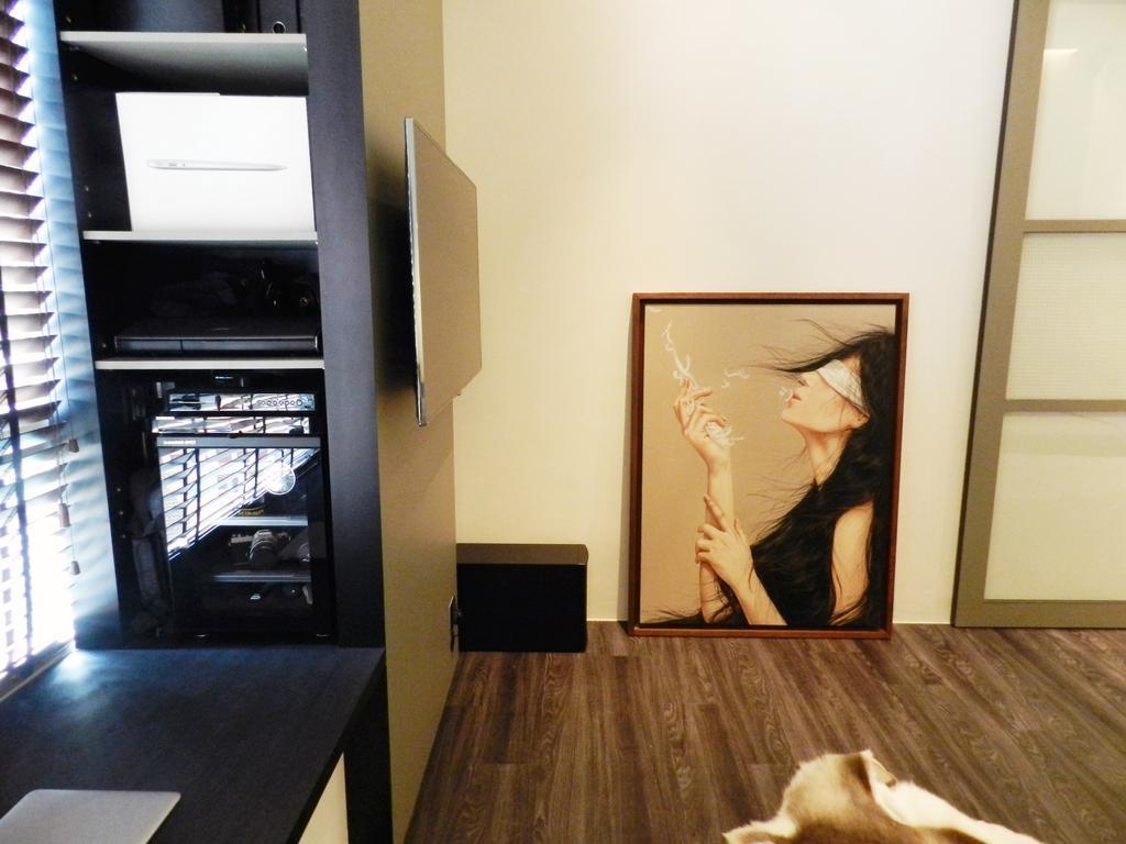 Eclectic, Condo, Bedroom, The Imperial, Interior Designer, Habit, Painting, Rug, Parquet, White, Window Seat, Shelf, Shelves, Storage, Art, Indoors, Interior Design