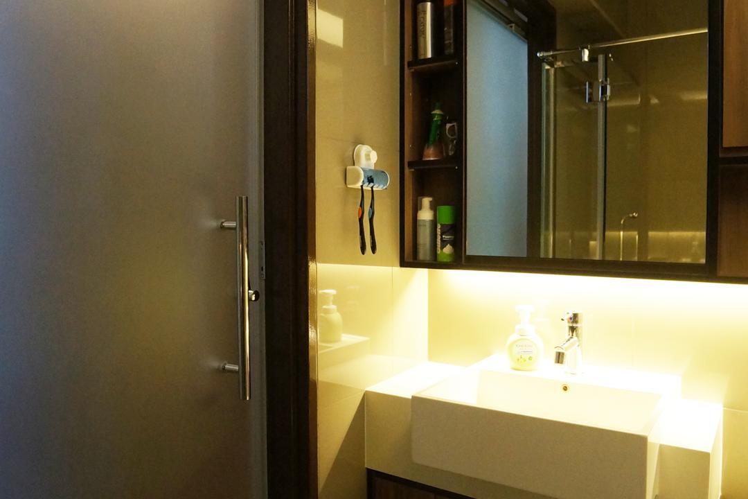 Punggol Walk (Block 310C), Space Atelier, Modern, Bathroom, HDB, Bathroom Vanity, Mirror, Bathroom Cabinet, Door, Bathroom Door