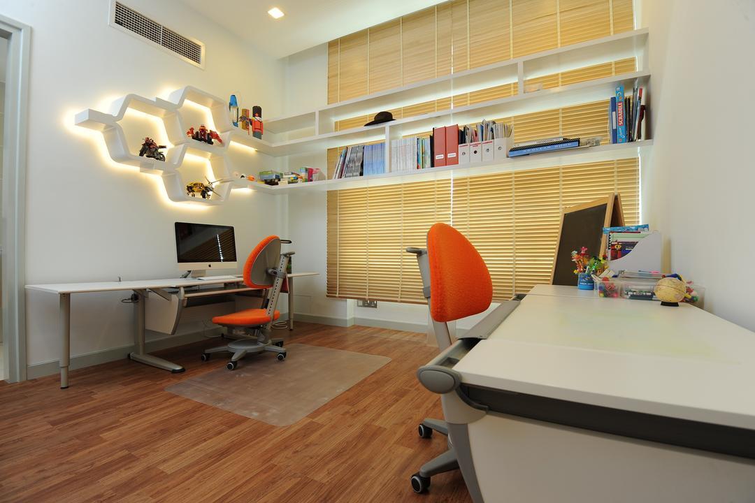 Duplex Condo by SQFT Space Design Management