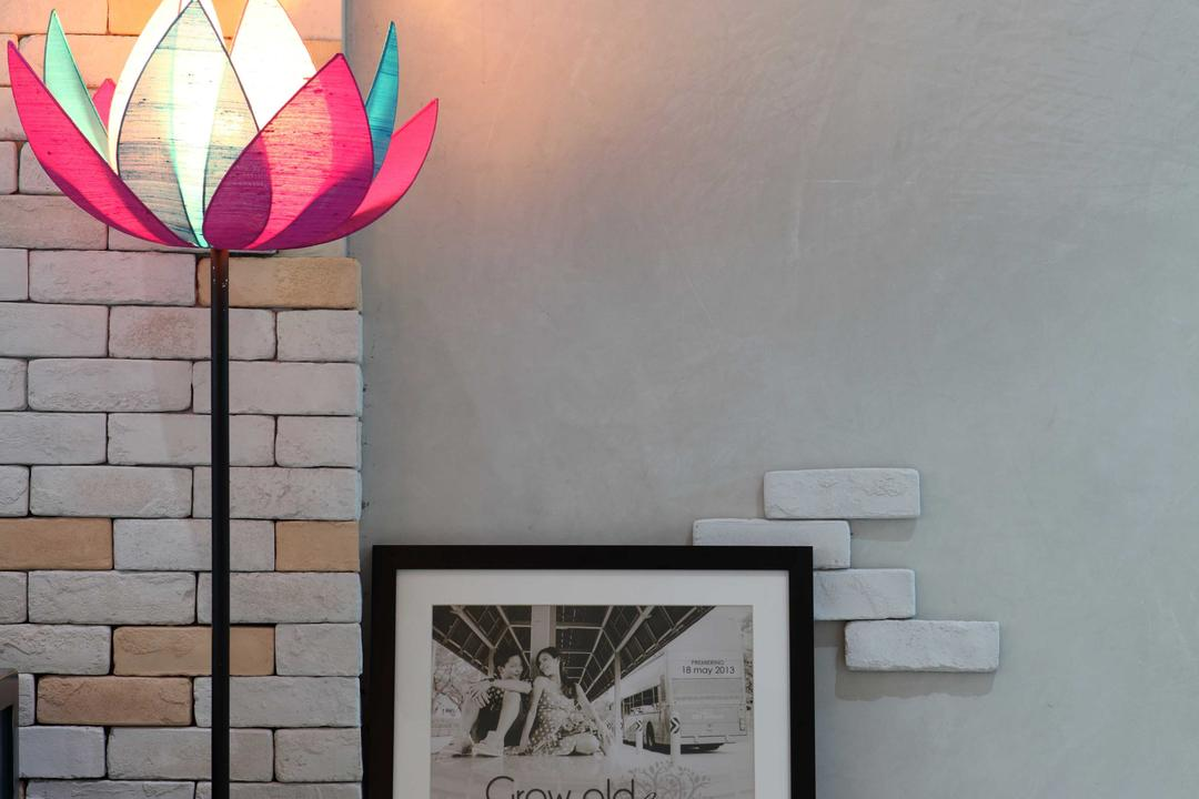 Punggol Field (Block 170A), Boon Siew D'sign, Scandinavian, HDB, Lotus, Standing Light, Wall Art, Brick Wall, Lotus Floor Lamp, Clock, Framed Portrait, Poster, Wall